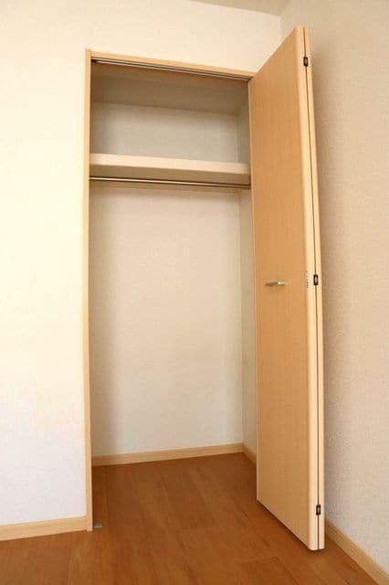 エバーグリーン 401号室の収納