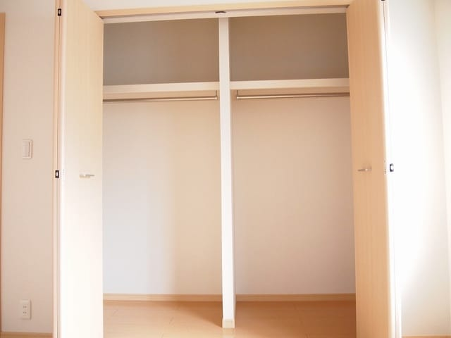 ネオ・ステージ 02030号室の収納