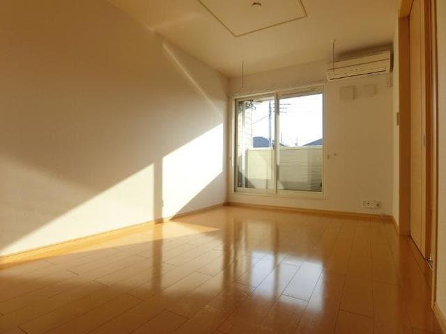 サン・クローネ チヨダA 02020号室のリビング