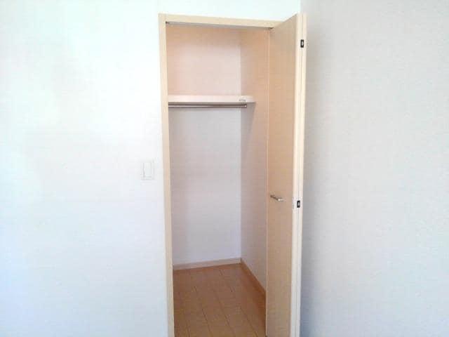 ペアハウスヒロセI 01040号室の収納