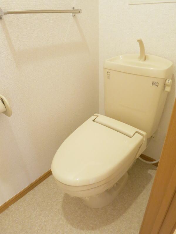 アルモニー 202号室のトイレ