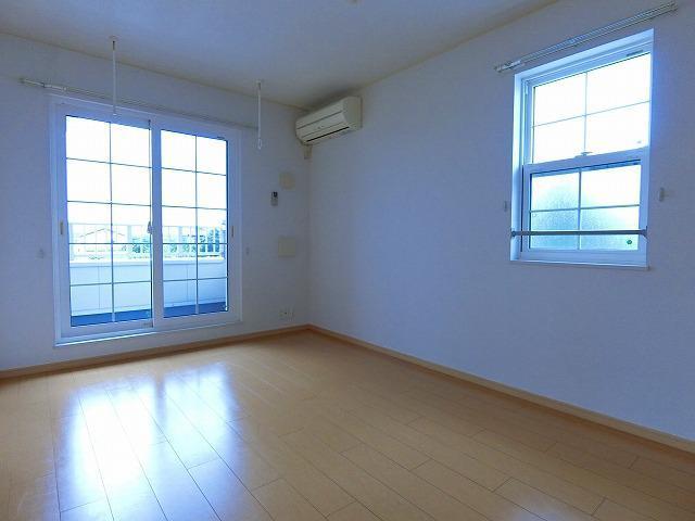絆KIZUNA B 02010号室の居室