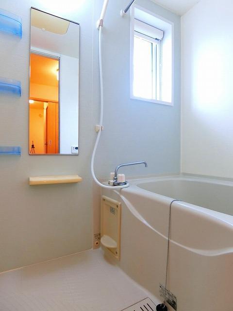 絆KIZUNA B 02010号室の風呂