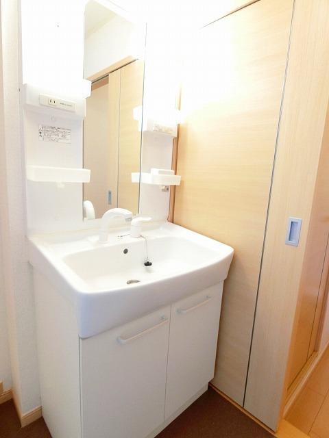絆KIZUNA B 02010号室の洗面所