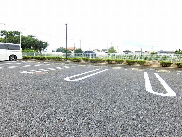 絆KIZUNA B 02010号室の駐車場