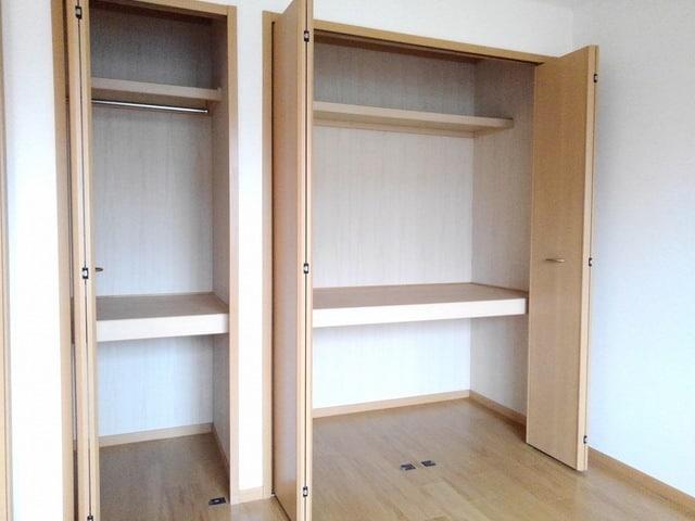 エテルネルA 02030号室の収納