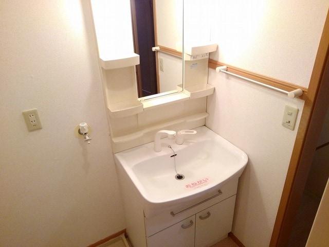 エテルネルA 02030号室の洗面所