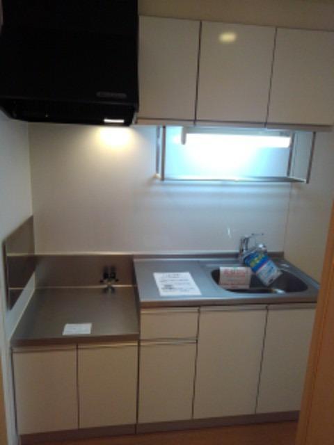 ネオ レジデンス 02020号室のキッチン