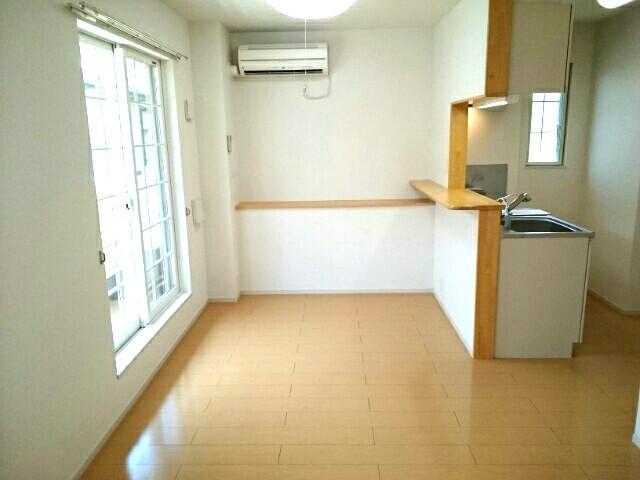 サニーハウス栄 201号室のキッチン