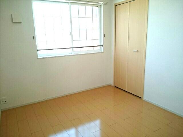 サニーハウス栄 201号室の玄関