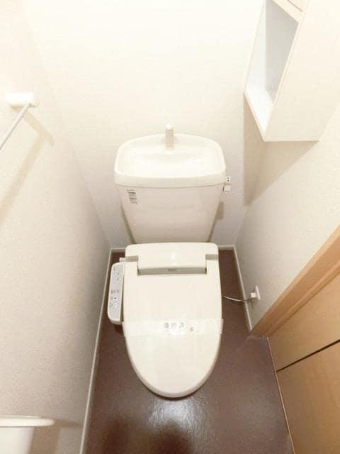 リュミエ-ルB 02010号室のトイレ