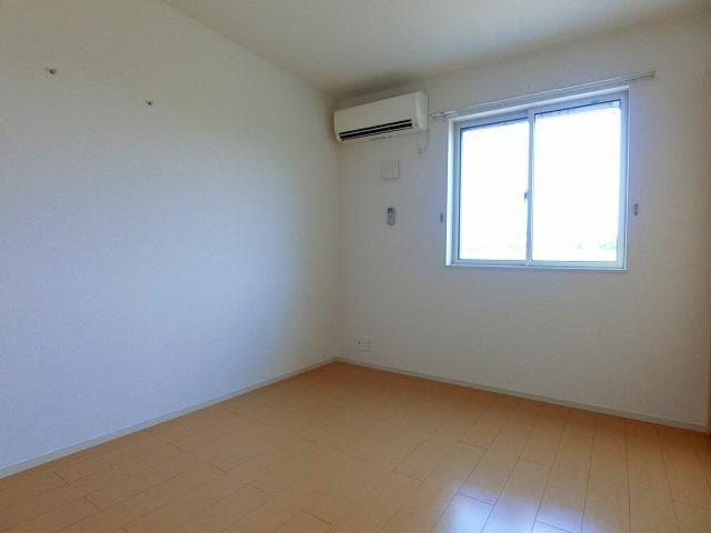 ガーデンフレンドⅠ 01010号室の居室