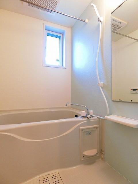 ガーデンフレンドⅠ 01010号室の風呂