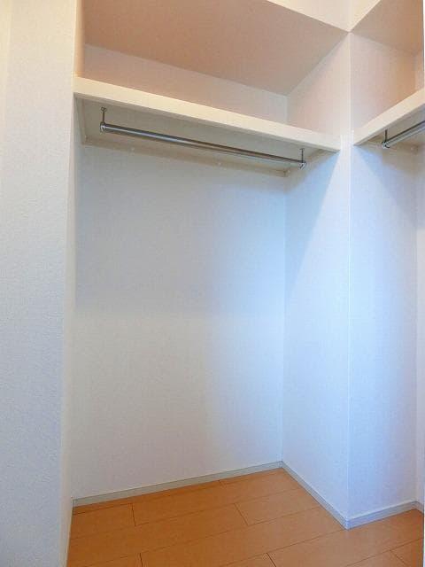 ガーデンフレンドⅠ 01010号室の収納