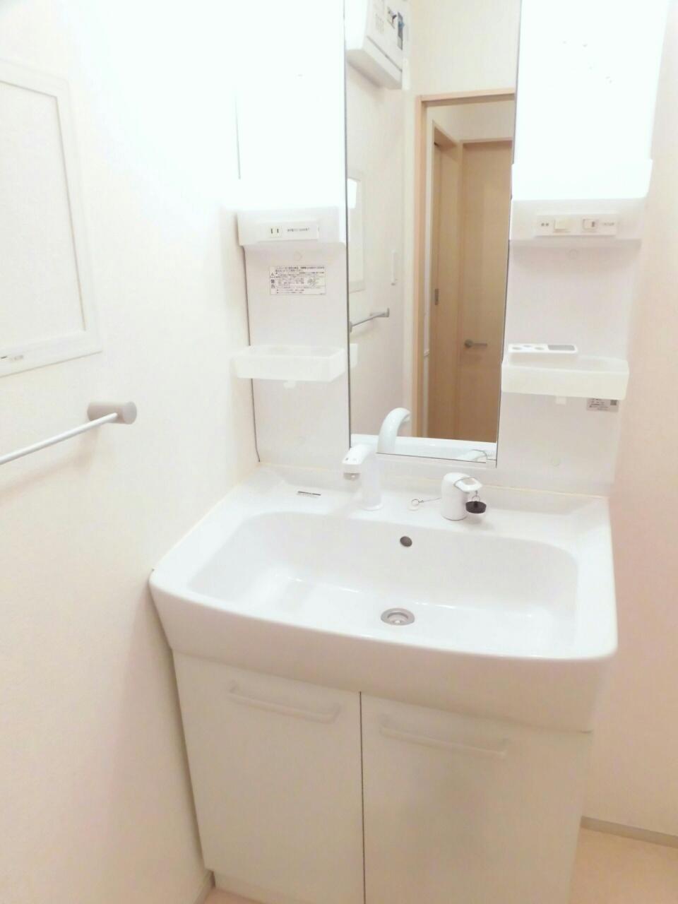 サピー・レジデンス 02010号室の洗面所