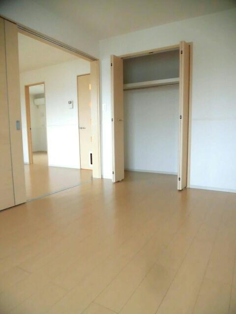 サピー・レジデンス 02010号室の収納