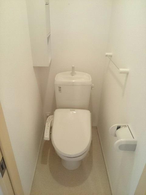 フォーカーレⅡ 01010号室の洗面所