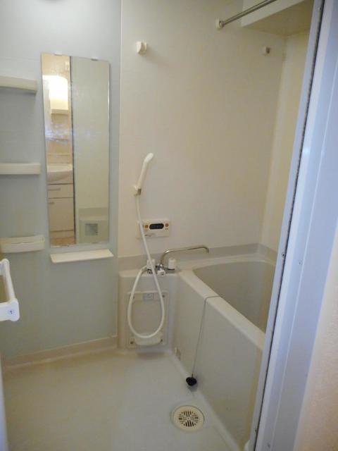 メゾン ソレイユ 201号室の風呂