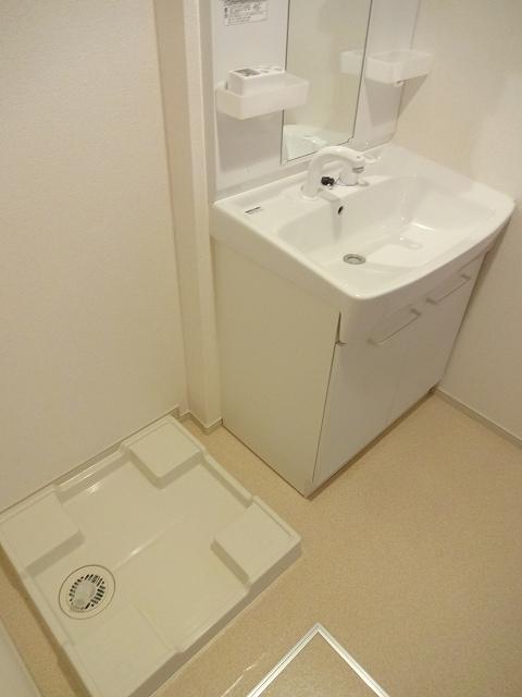 ガ-デンスクエアB 202号室の洗面所