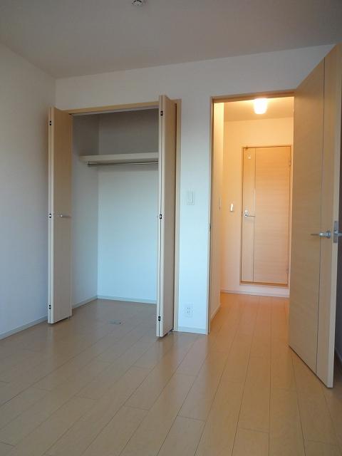 ガ-デンスクエアB 202号室の収納