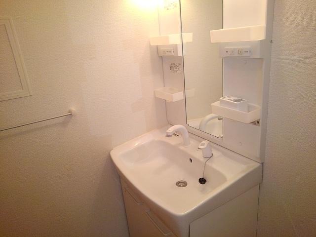 プリマ・ブリエ 02020号室の洗面所