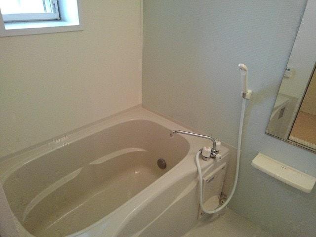 マンダリン ダック A 201号室の風呂
