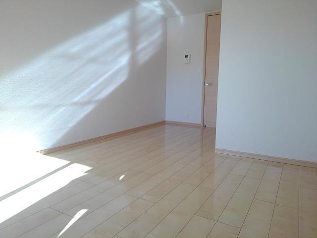クレメント B 01060号室の居室