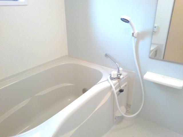カーサ・セレノC 01010号室の風呂