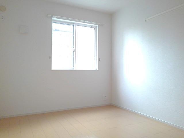 カーサ・セレノC 01010号室の居室