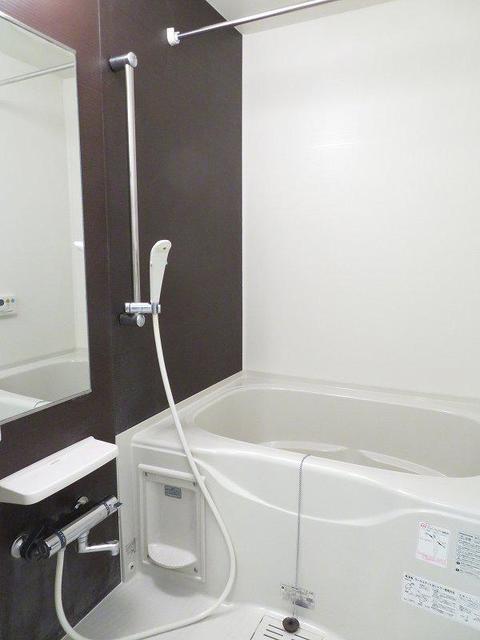 エテルノ 403号室の風呂