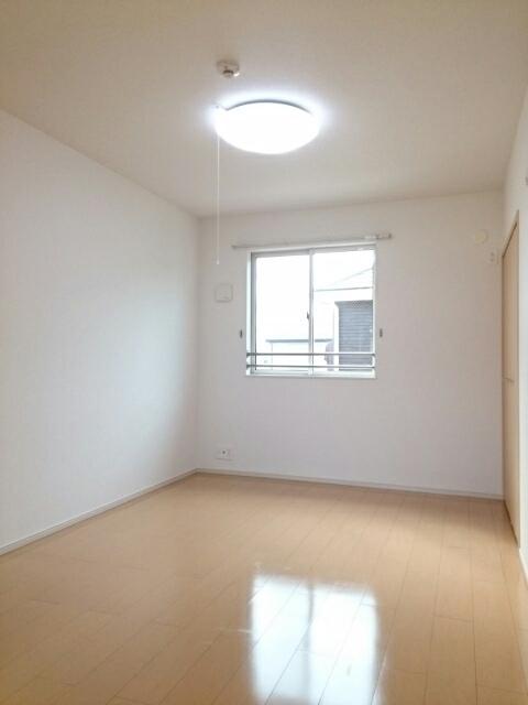 ミルレーヴⅢ 203号室のベッドルーム