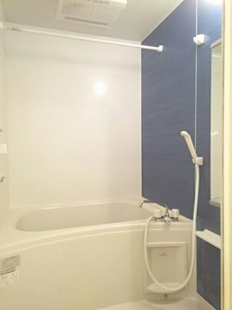 ミルレーヴⅢ 203号室の風呂