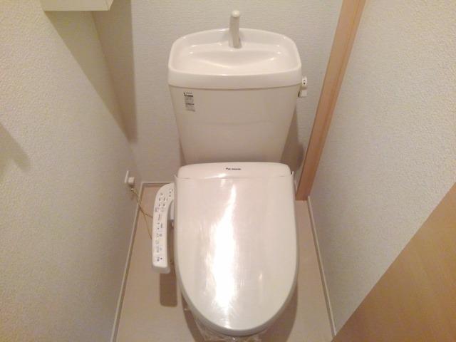 ベル・ソレイユ 01010号室のトイレ