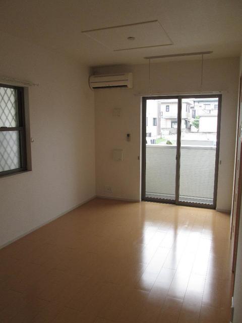 インプレス21 Ⅰ 01030号室の居室