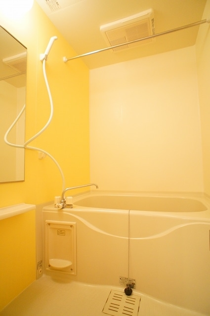 グルン ヒュース 01010号室の風呂