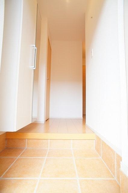グルン ヒュース 01010号室の玄関