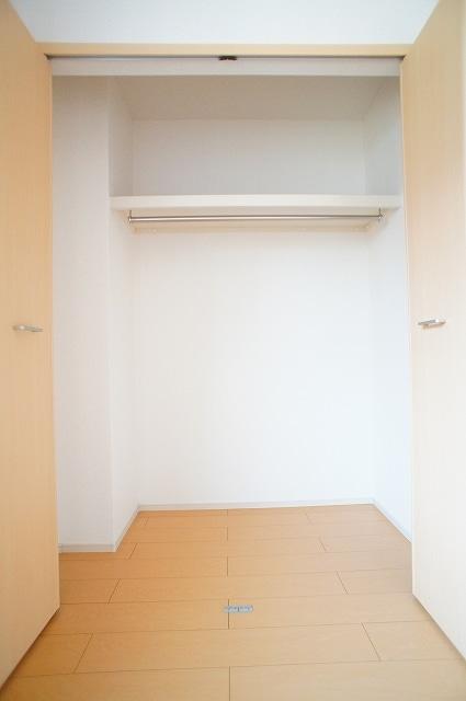 グルン ヒュース 01010号室の収納