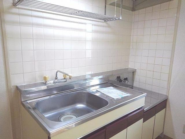 スカイビーンズ広田A 02010号室のキッチン