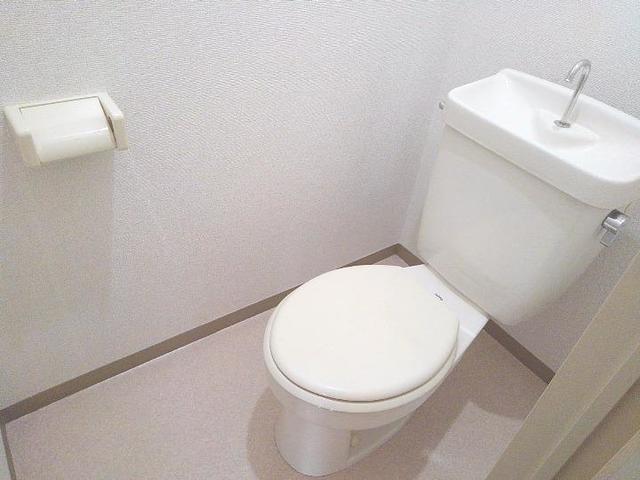 スカイビーンズ広田A 02010号室のトイレ