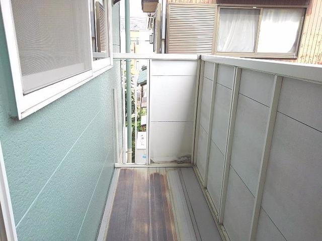 スカイビーンズ広田A 02010号室のバルコニー