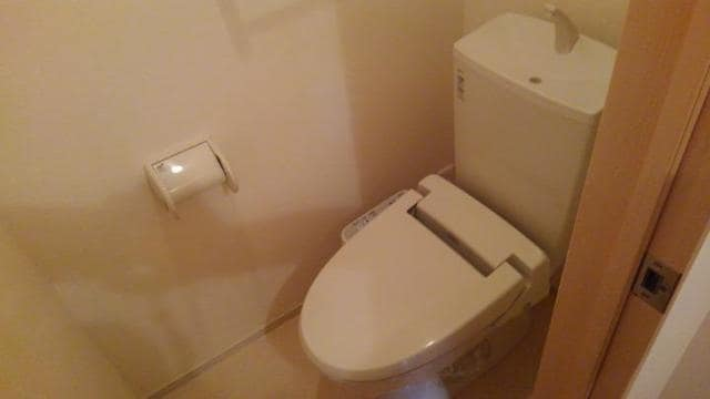 LOVELY 02020号室のトイレ