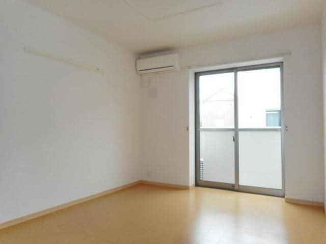 カフリーィエE 01030号室のリビング