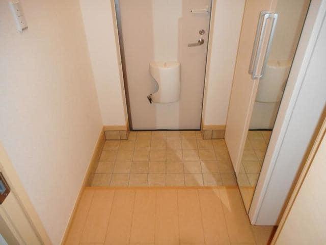 カフリーィエE 01030号室の玄関