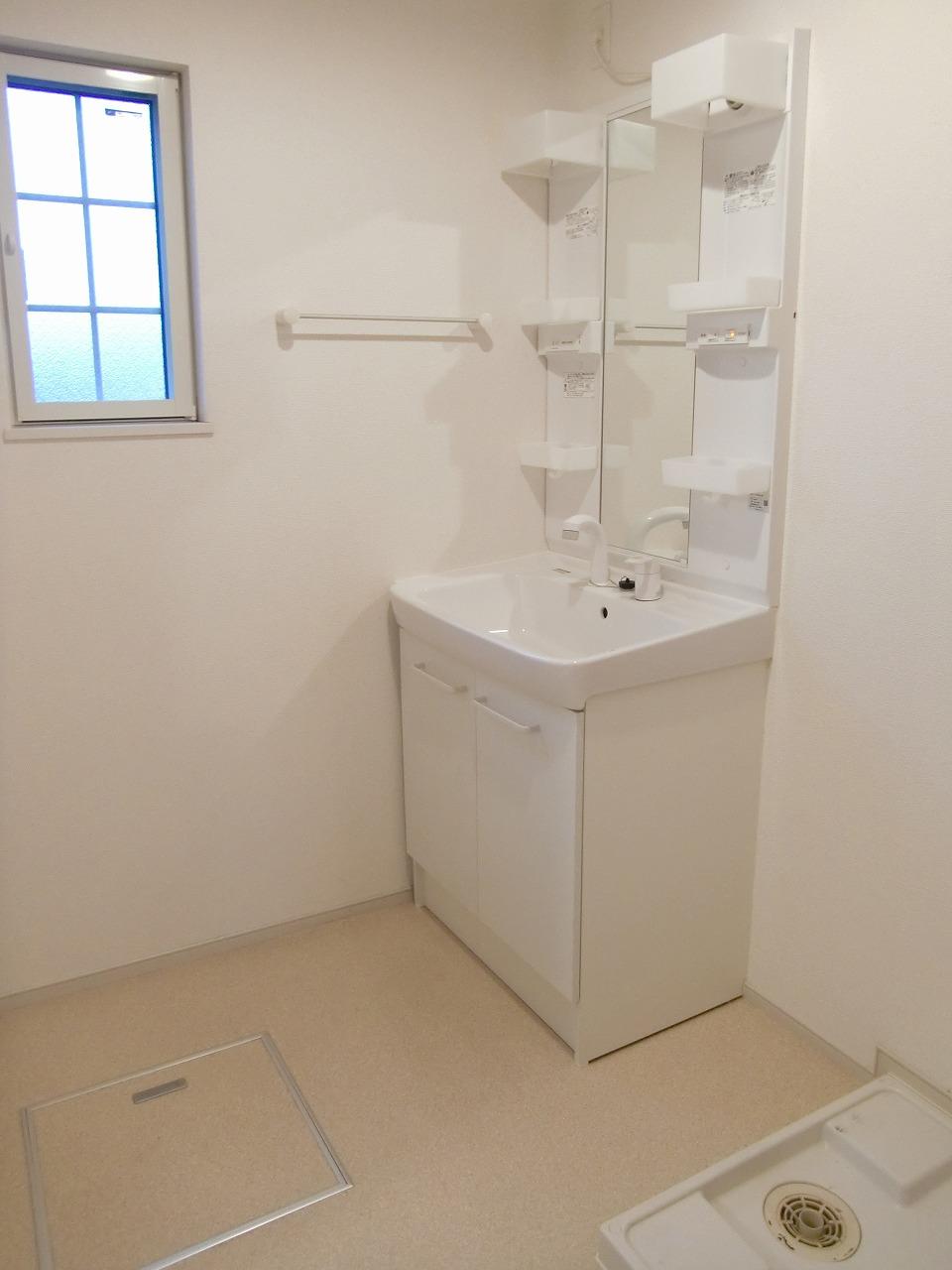 コーポ勢多Ⅵ番館 210号室の洗面所