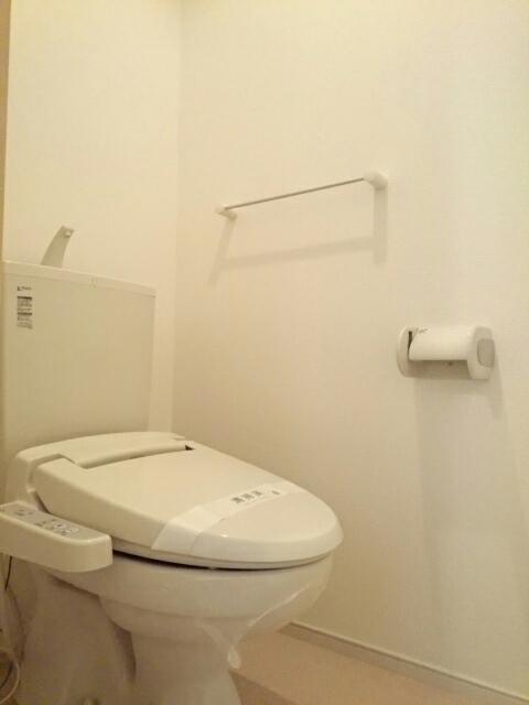 グリーンフォレストA 103号室のトイレ