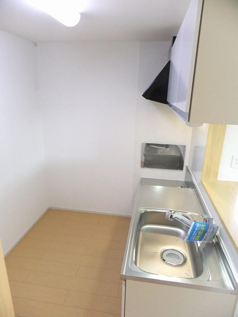 クレメント 203号室のキッチン
