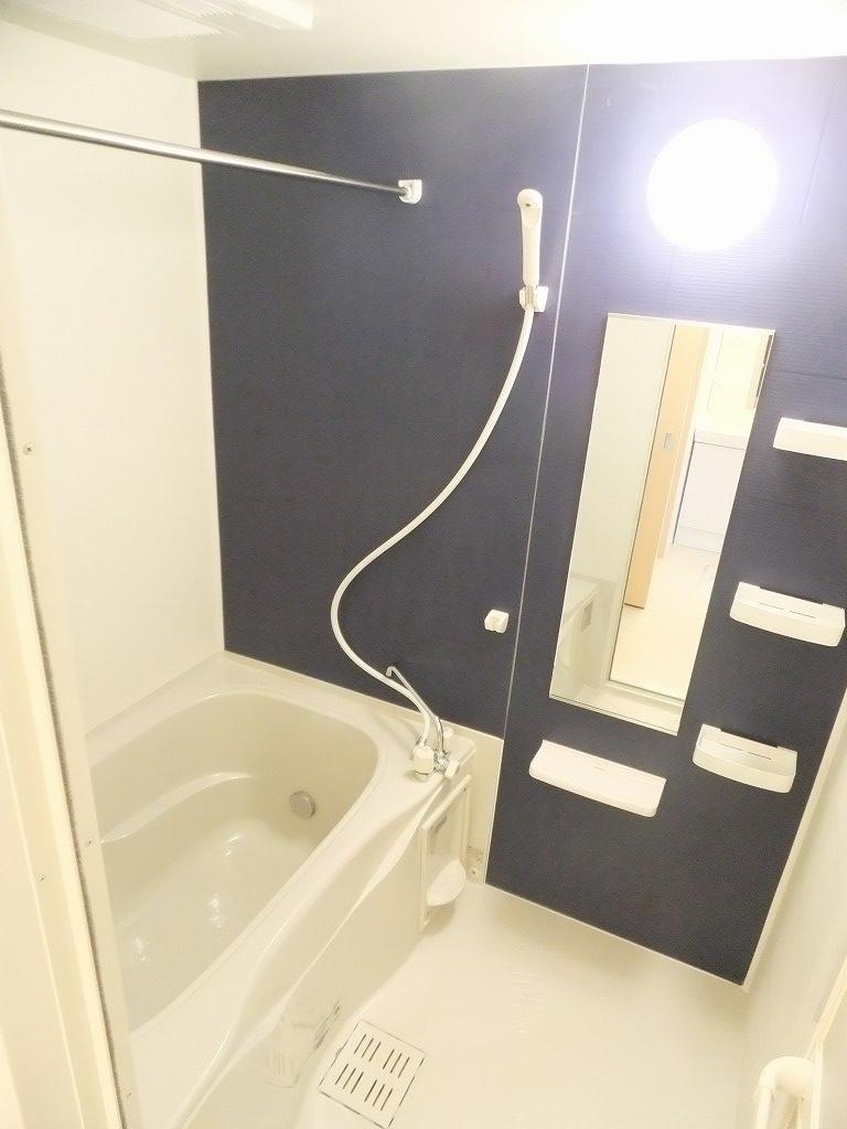 クレメント 203号室の風呂