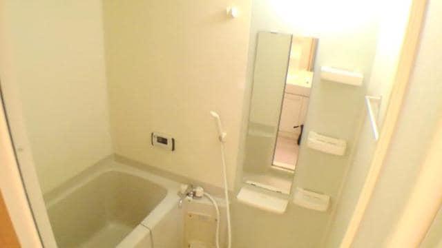 エクセレント さくら 301号室の風呂