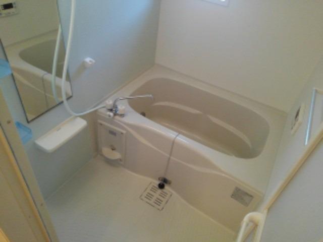 ベル フォレスタ 02030号室の風呂