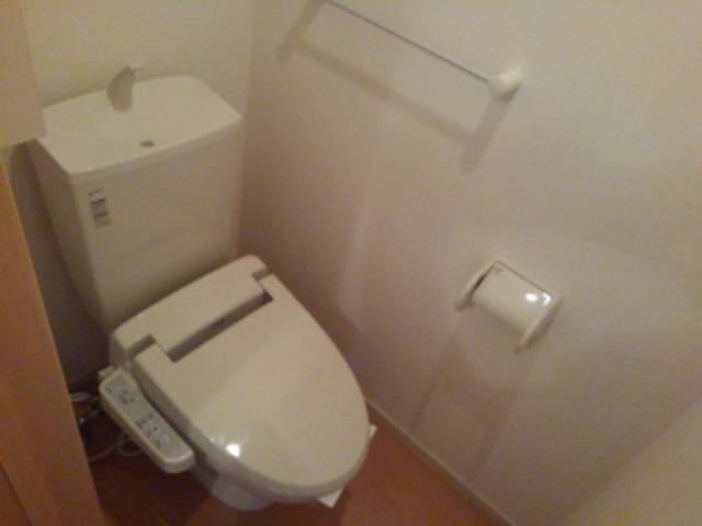ベル フォレスタ 02030号室のトイレ